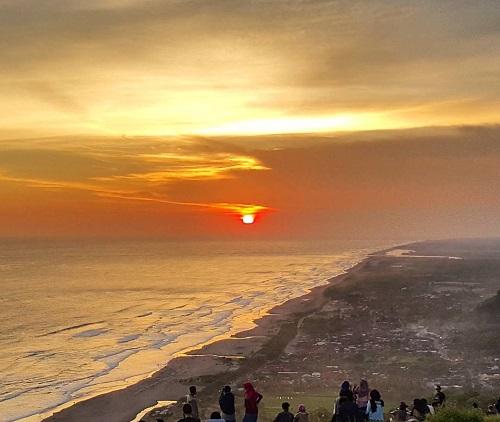 Panorama Bukit Paralayang Bantul Tempat Foto Keren & Hits di Jogja 4