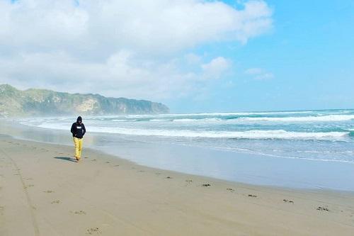 wisata pantai parangtritis yogya
